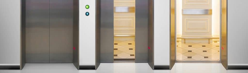 atenção-ao-entrar-no-elevador